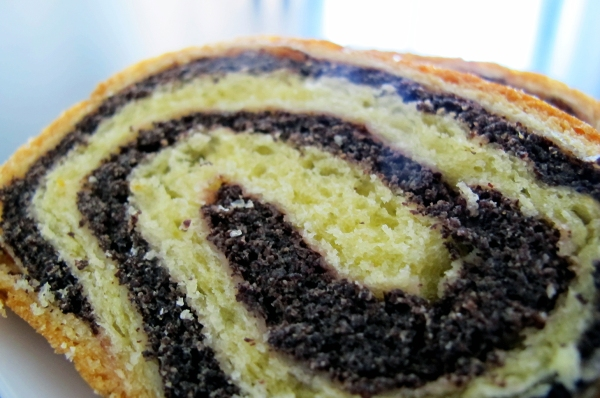 Figure 1: Slices of a poppy seed potica made by Jožica Koštrica, a Slovenian-Australian cooking expert from Canberra (Photo: Kaja Antlej).